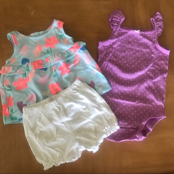 Carter's NWT 12 Months Girls outfit Fun Floral
